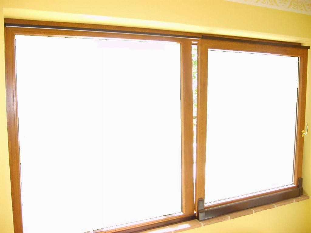 Serramento parallelo in pvc colore ciliegio infix - Costruire una finestra in alluminio ...
