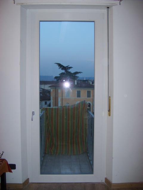 Serramenti in pvc a 3 guarnizioni infix for Porta finestra pvc