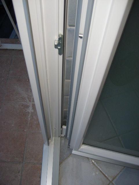 Serramenti in pvc a 3 guarnizioni infix - Quanto costa una porta finestra in pvc ...