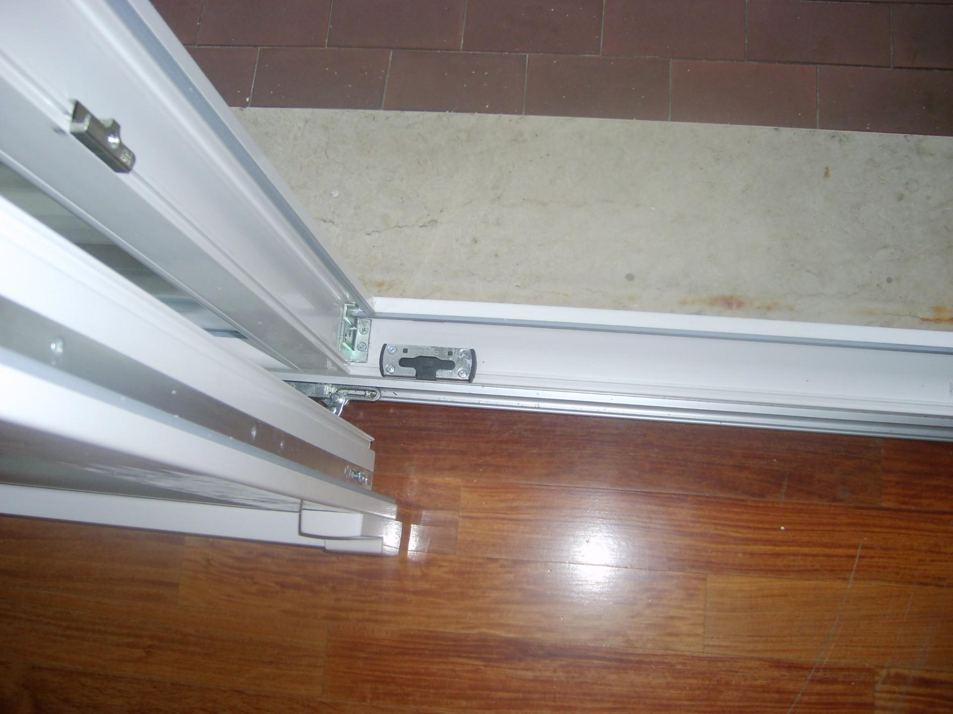 Serramento scorrevole traslante infix - Porta finestra scorrevole ...