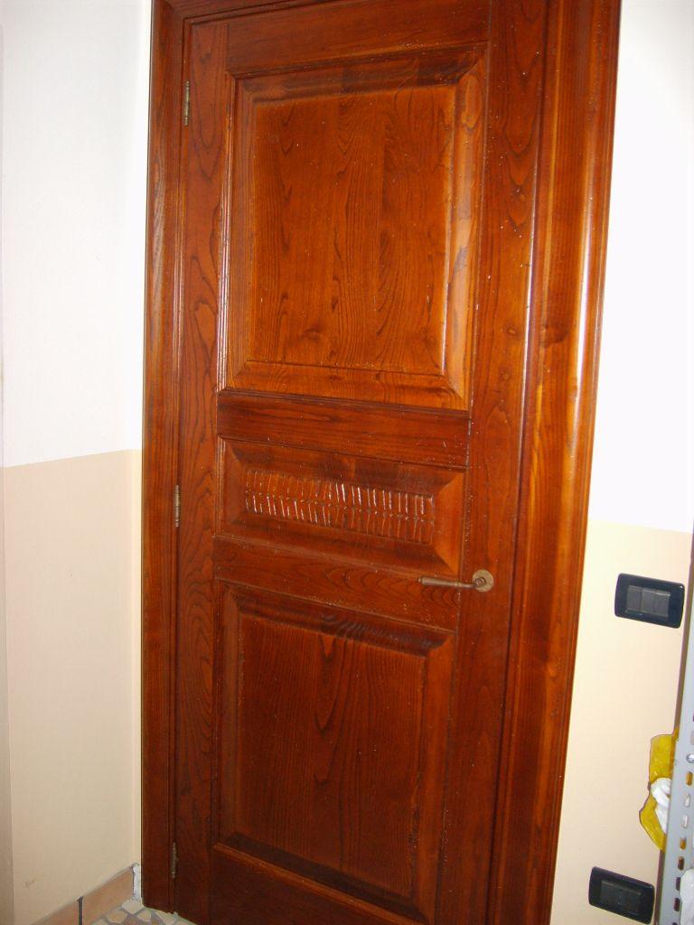Porte interne in legno massello   INFIX