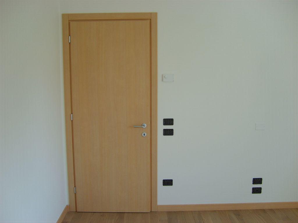 Porta interna ciliegio sbiancato delta infix - Allargare porta interna ...