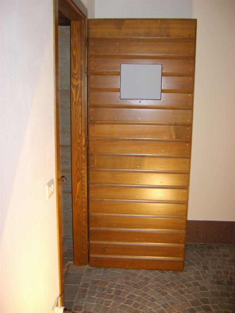 Porta interna in legno per cantina modello alla Romanina | INFIX