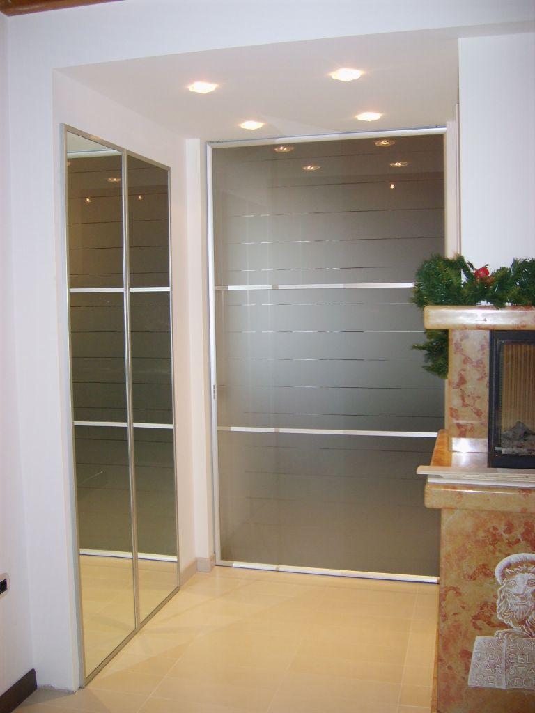 Porta scorrevole in cristallo per casa infix - Porta garage scorrevole ...