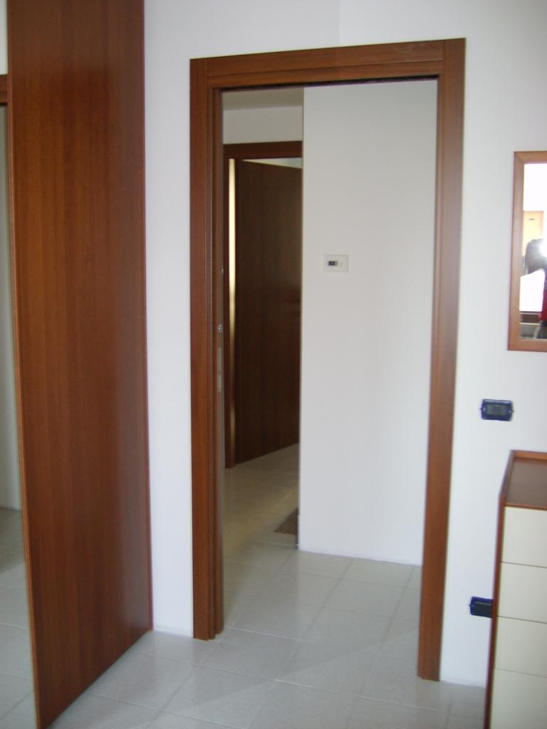 Porta blindata e porte interne a Lugagnano (Verona)  INFIX