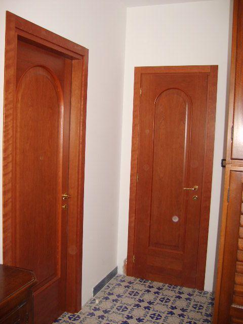 Porte interne con pannello arcato in ciliegio infix - Porte color ciliegio ...