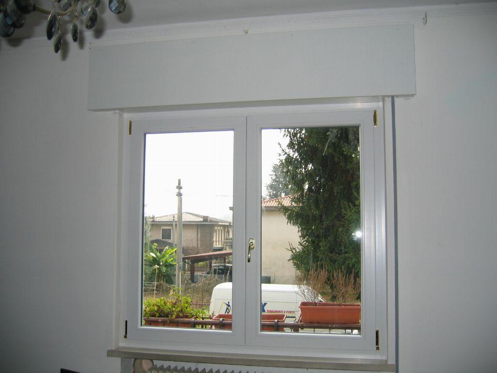 Serramenti in pvc con cassonetti in laminato infix - Tende per finestre in pvc ...