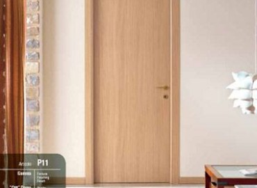 Porte interne rovere sbiancato Gamma verticale Mod.Pegaso art.11