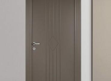 Porta interna laccato grigio con Dogai ral 7006