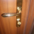 maniglia-ottone-porta-interna.jpg