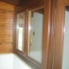 finestra_in_legno_due_ante_in_pino.jpg
